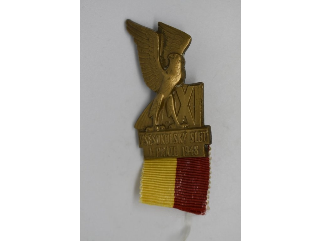 Účastnický odznak XI. Všesokolského sletu pro dospělé z Prahy 1948