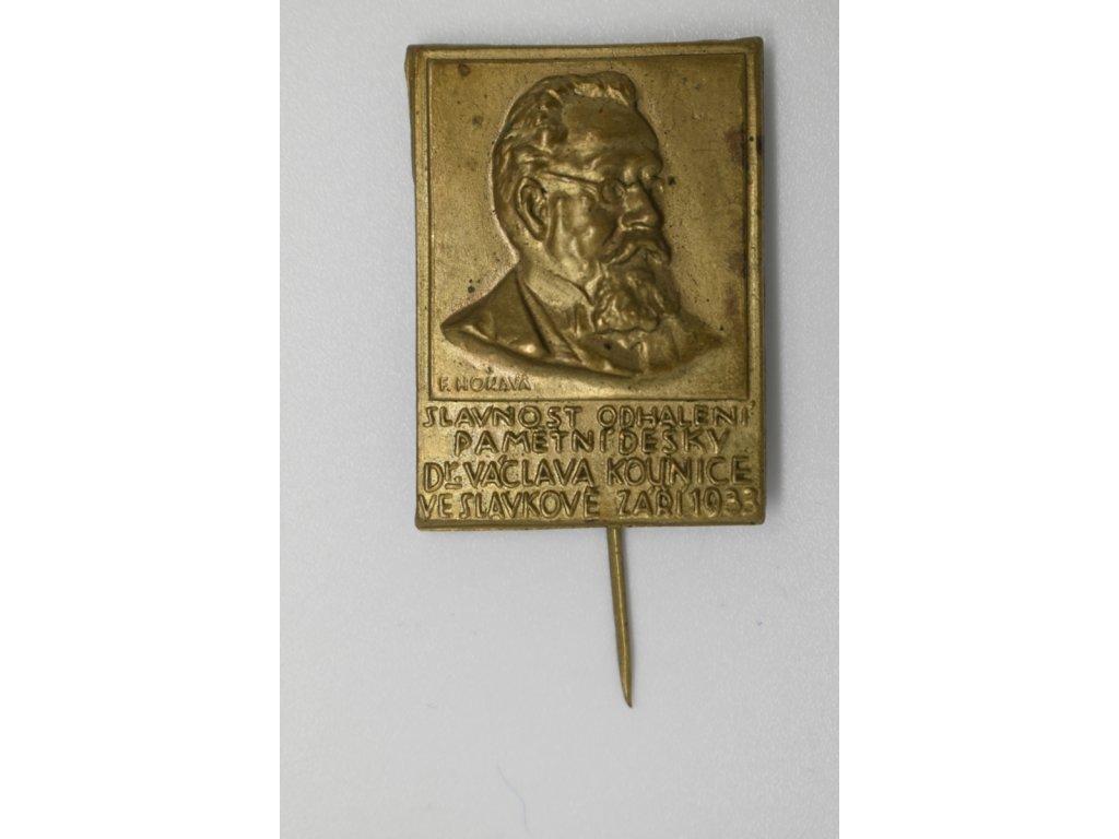 Slavnost odhalení pamětní desky Dr. Václava Kounice ve Slavkově 1933