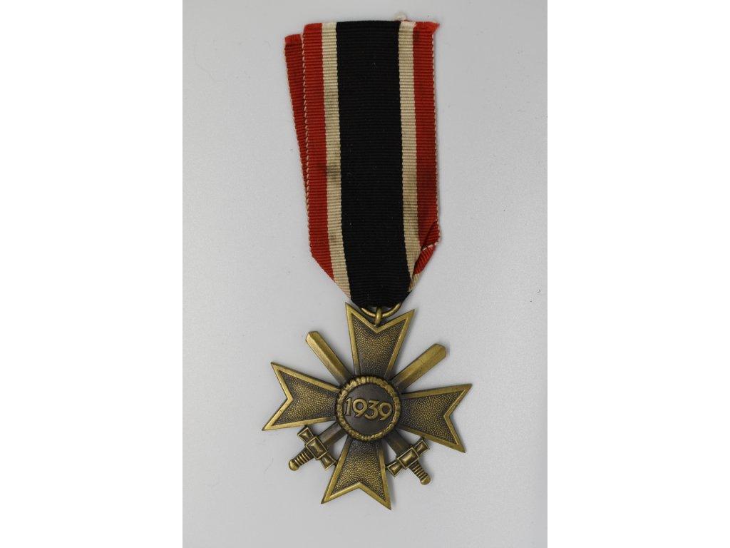 Řád válečného záslužného kříže s meči