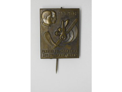 Památce polských letců kpt. Zwirkva a inž. Wigury, Kostelec 1932