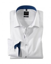Moderná biela košeľa s modrým, podšitým golierom a dlhými rukávmi Olymp