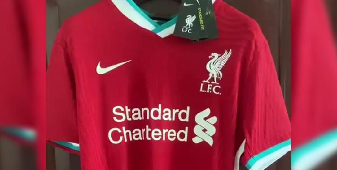 Liverpool FC = Nike