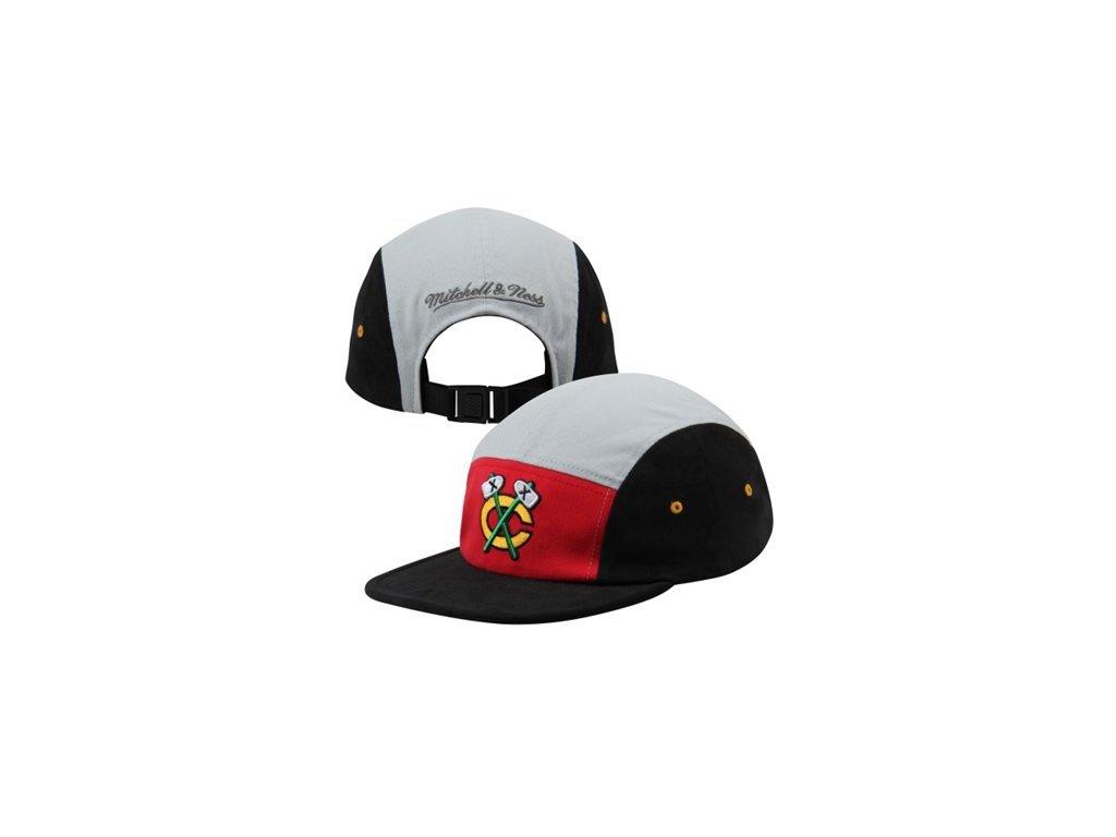 Kšiltovka Chicago Blackhawks Color-Block Camper