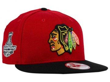 Kšiltovka Chicago Blackhawks Stanley Cup Champs Patch 9FIFTY Snapback