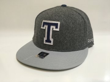 Kšiltovka Toronto Maple Leafs Varsity Flex Hat