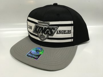 Kšiltovka Los Angeles Kings Three Stripes Snapback