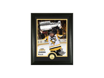 Chris Kunitz Pittsburgh Penguins Highland Mint 2017 Stanley Cup Champions Player Trophy Photomint