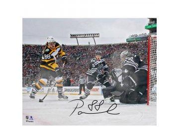 """Podepsaná velkoformátová fotografie David Pastrnak Boston Bruins Autographed 16"""" x 20"""" 2019 Winter Classic Goal"""