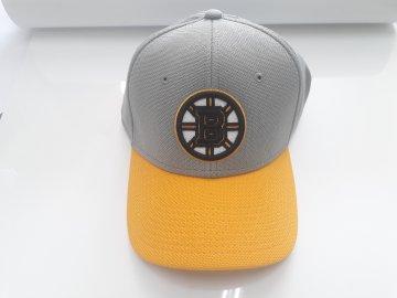 Kšiltovka Boston Bruins Rinkside Flexfit Hat