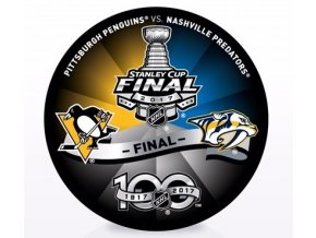Stanley Cup Final Dueling puck1