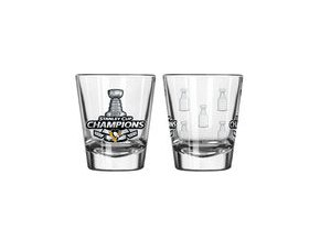 Sklenička Pittsburgh Penguins 2oz. 2017 Stanley Cup Champions Satin Etch Shot Glass