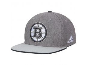 Kšiltovka Boston Bruins Travel & Training Snapback