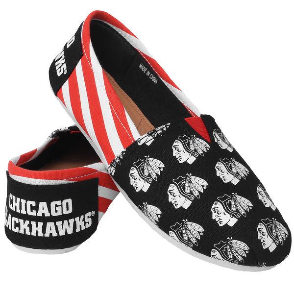 29538bcd4e4 Forever Collectibles Dámské plátěné boty Chicago Blackhawks Velikost   dámské S