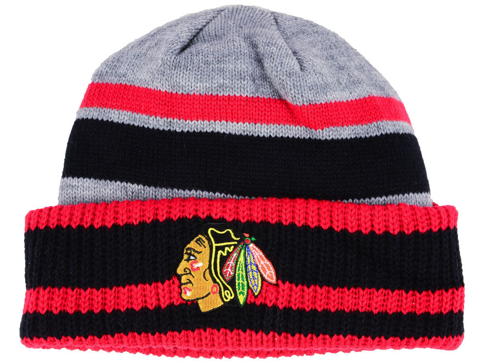 Zimní čepice Chicago Blackhawks adidas NHL Heathered Grey Beanie