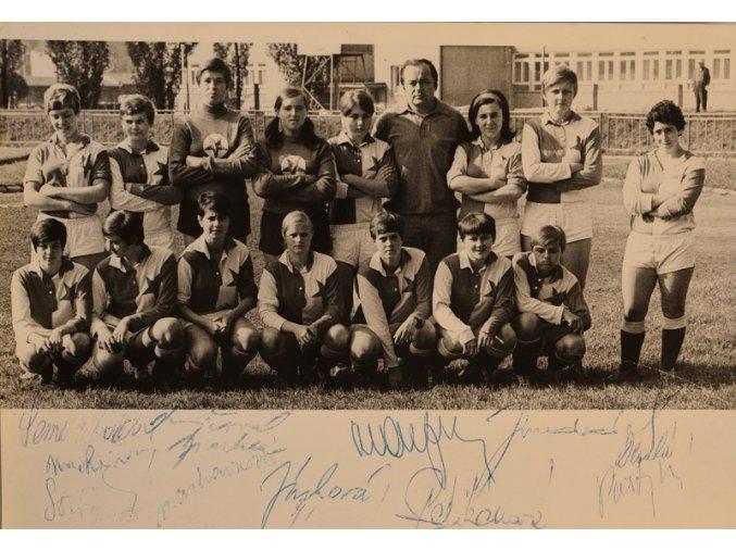 Mladí fotbalisté S . K. Slavia III sport antique 30 7 17 (54)