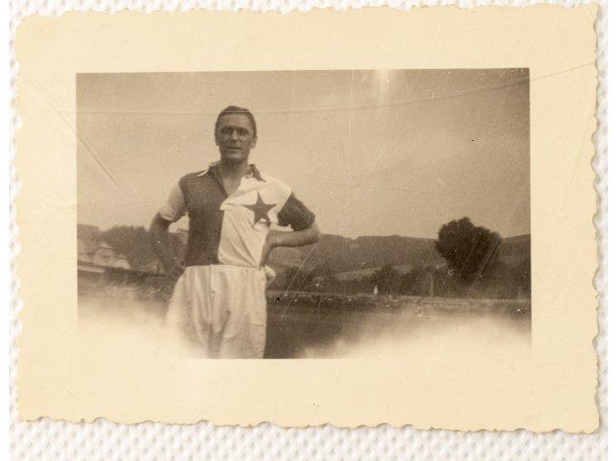 Dobová fotografie SLAVIA v Jičíně III