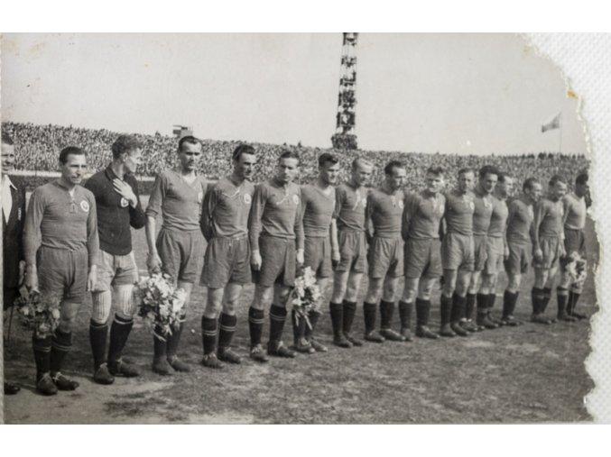 Tiskové foto, Slavia v. Bratislava, mužstvo Bratislavy (1)