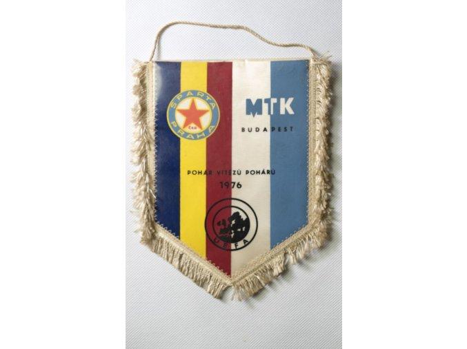 Vlajka klubová SPARTA PRAHA ČKD vs. MTK Budapest 1976