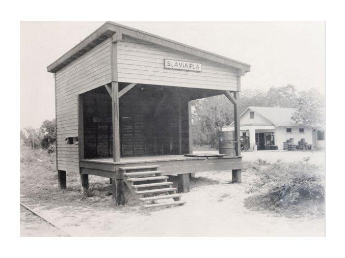 Foto železniční stanice stanice SLAVIA FLA ( Florida )