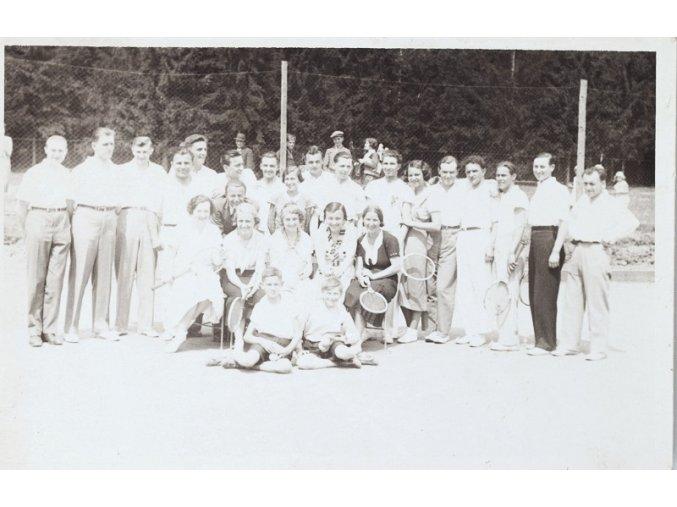 Pohlednice foto týmu Lown tennisu