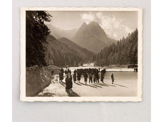 Fotografie OH 1936 GAPA areál pro lední sporty