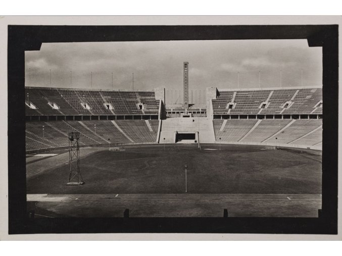 Pohlednice s příležitnostním razítkem Olympijsý stadion Berlin, 1936