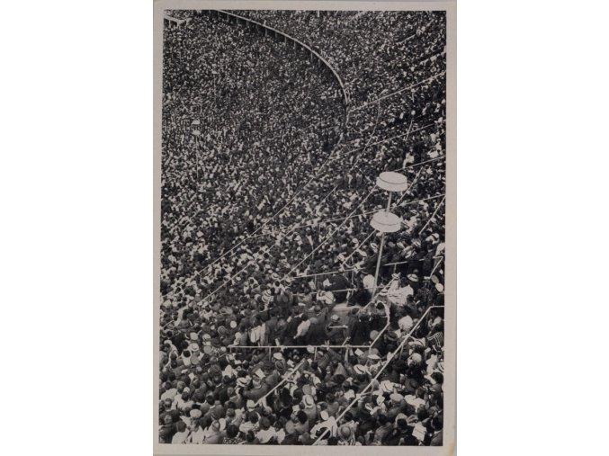Kartička Olympia 1936, Berlin. Diváci 1