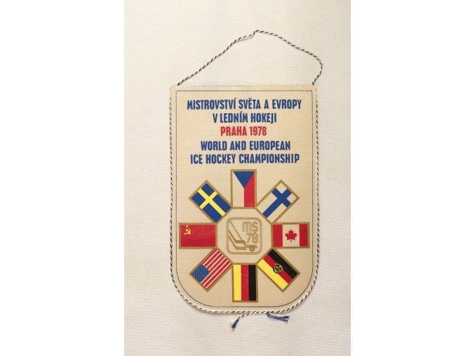 Vlajka klubová MS hokej 1978 Praha velká WHT