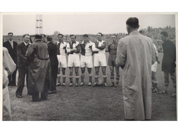 Foto slavnostní zahájení Slavia 1938.dng