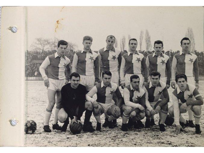 Konvolut 28 fotografií SK SLAVIA PRAHA 1963 ( DYNAMO ) DSC 8447.dng