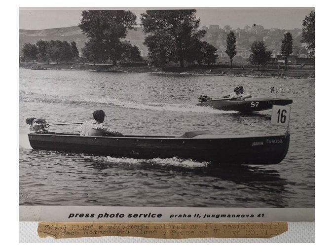 Tiskové foto, závod člunů 1933DSC 8654