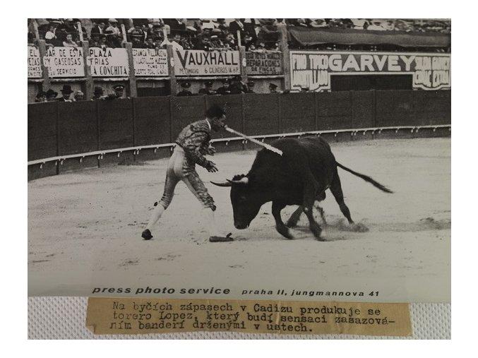Tiskové foto, nejvýznamnější fotbalový zápas ČSR Angliena býčích zápasech v CadizuDSC 9939