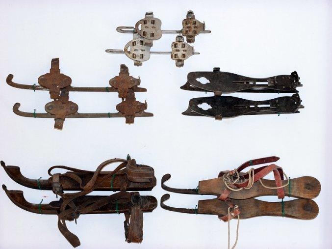 sport antique sbirka brusle 2