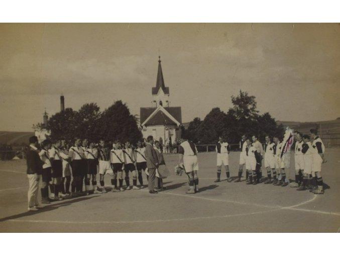 sprt antique 6 17 (58) Začátek utkání dresy SLAVIA