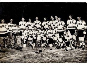 Pohlednice foto CCCP hokejové mužstvo 1964, ZOH Insbruck (3)