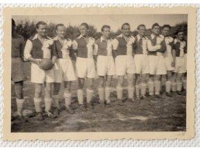 Dobová fotografie SLAVIA v Jičíně II