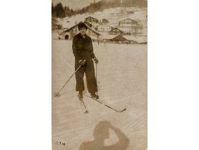 Dobová fotopohlednice, Pohoda na lyžích II