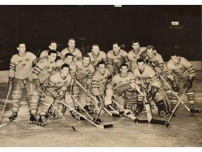 Mužstvo Švédska MS v hokeji 1959 Československo sport antique cervec 17 (30)