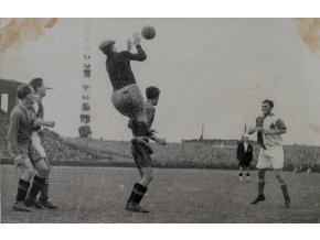 Tiskové foto, Slavia v. Bratislava, 1945 (2)