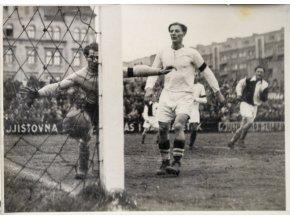 Tiskové foto, Slavia v (1)