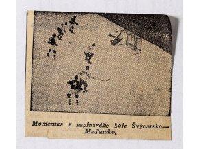 Výstřižek z novin - Momentka z boje Švýcarsko v. Maďarsko, 1938