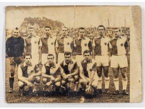 Dobová fotografie fotbalového týmu Slavia Praha (1)