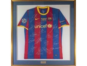 Dres FC Barcelona, finále UEFA Champions league, 2001, autogramy celého týmu (5)