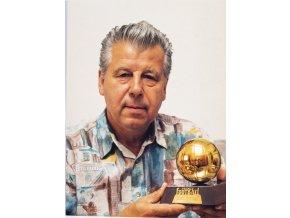 Fotografie Josef Masopust se Zlatým míčem