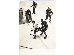 Pohlednice Lední hokej , ČSSR v. USA,ZOH 1964 Innsbruck (1)