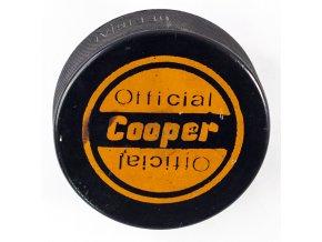 Puk Cooper, Official