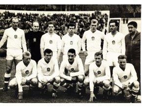 Fotografie národní fotbalové mužstvo v Chile, 1964, ČTK (1)