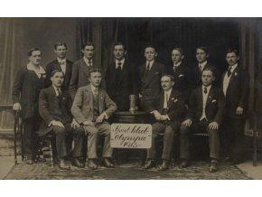 Dobová fotografie Sport Club Olympie, 1915Dobová fotografie Sport Club Olympie, 1915