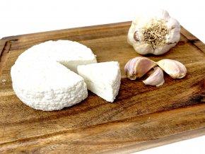 Kozí sýr česnekový