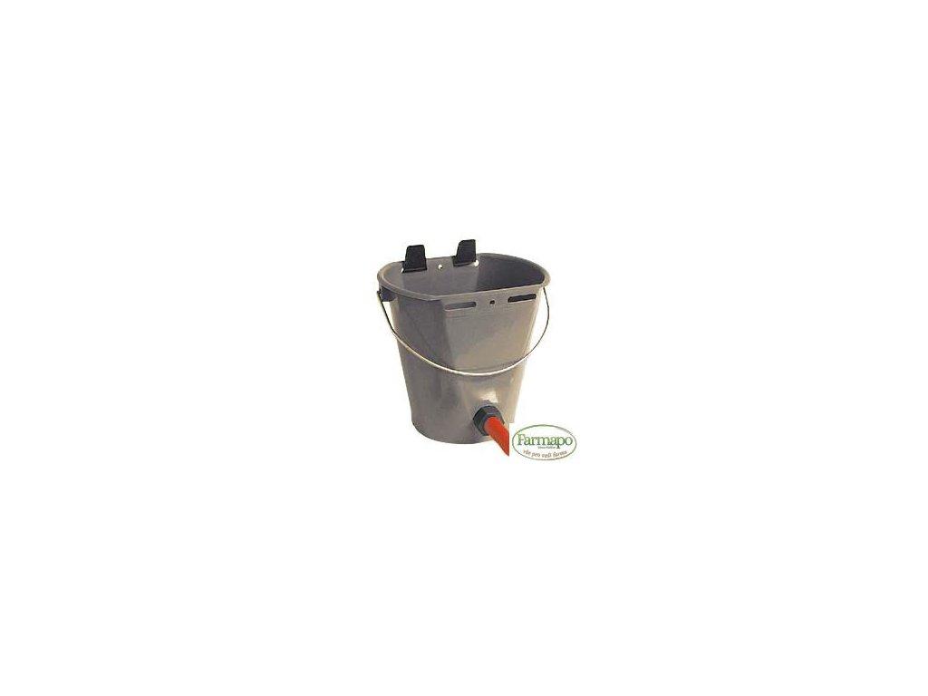 Napájecí kbelík plastový 8 l